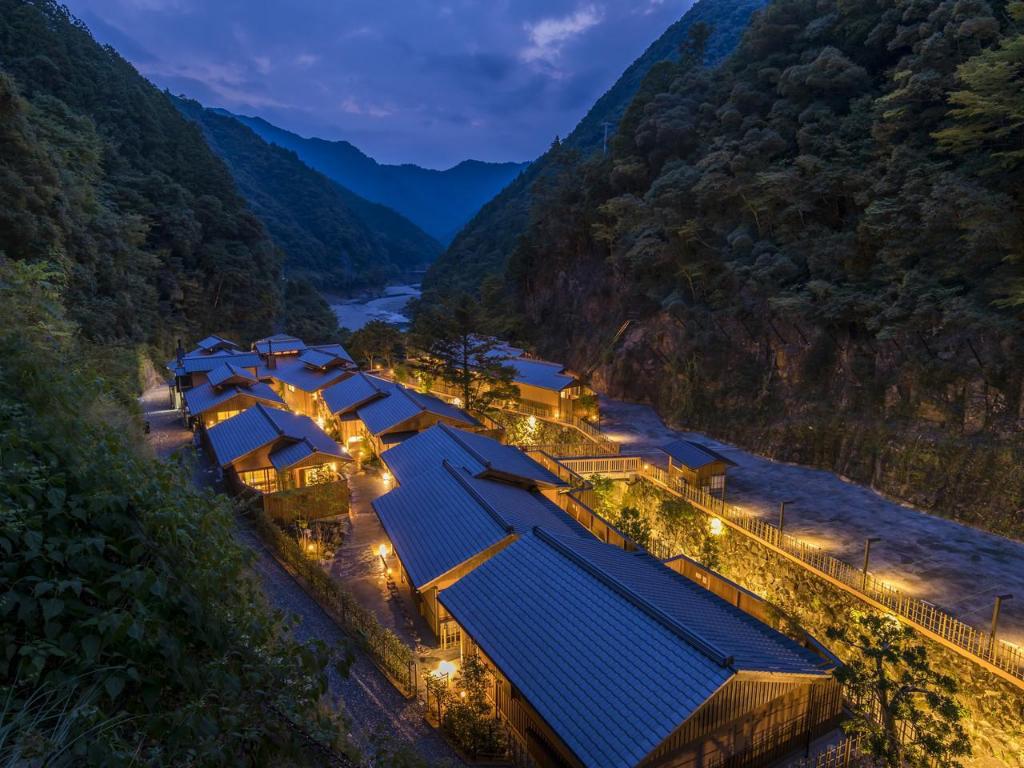 Desa Terindah Di Jepang -